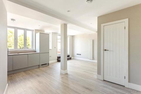2 bedroom flat for sale - Apartment 1, Kingsway House, 77-81 London Road, Headington, Oxford, OX3