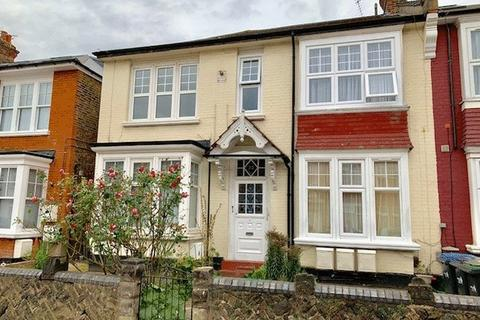 2 bedroom apartment to rent - Sidney Avenue, Palmers Green, London N13