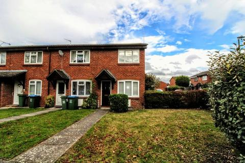 2 bedroom terraced house to rent - Sharp Close, Aylesbury