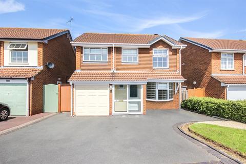 4 bedroom detached house for sale - Blaythorn Avenue, Solihull, West Midlands, B92