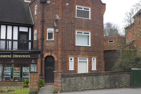 Studio to rent - London Road, Sevenoaks