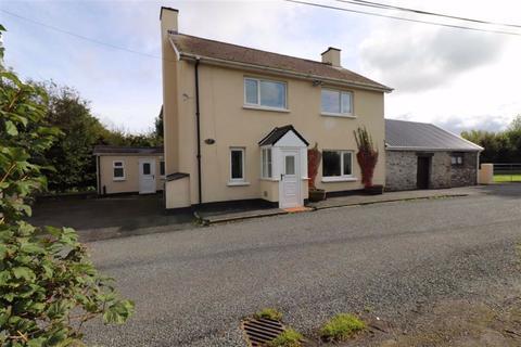 3 bedroom property with land for sale - Llanrhystud, Ceredigion, SY23