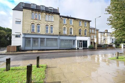 1 bedroom apartment for sale - Uxbridge Road, Hampton Hill