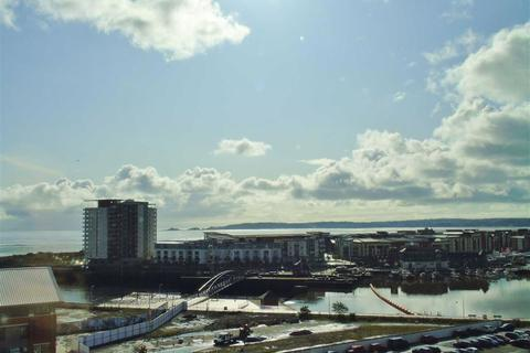 2 bedroom penthouse for sale - South Quay, Kings Road, Marina, Swansea