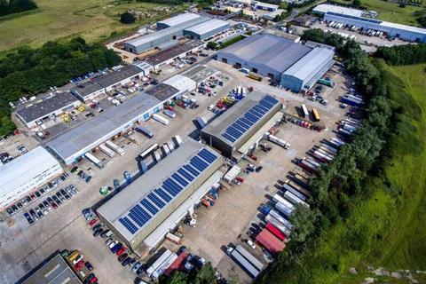 Industrial unit to rent - Lympne Distribution Park, Hythe, Kent