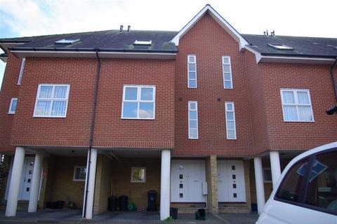 3 bedroom townhouse to rent - HEYBRIDGE