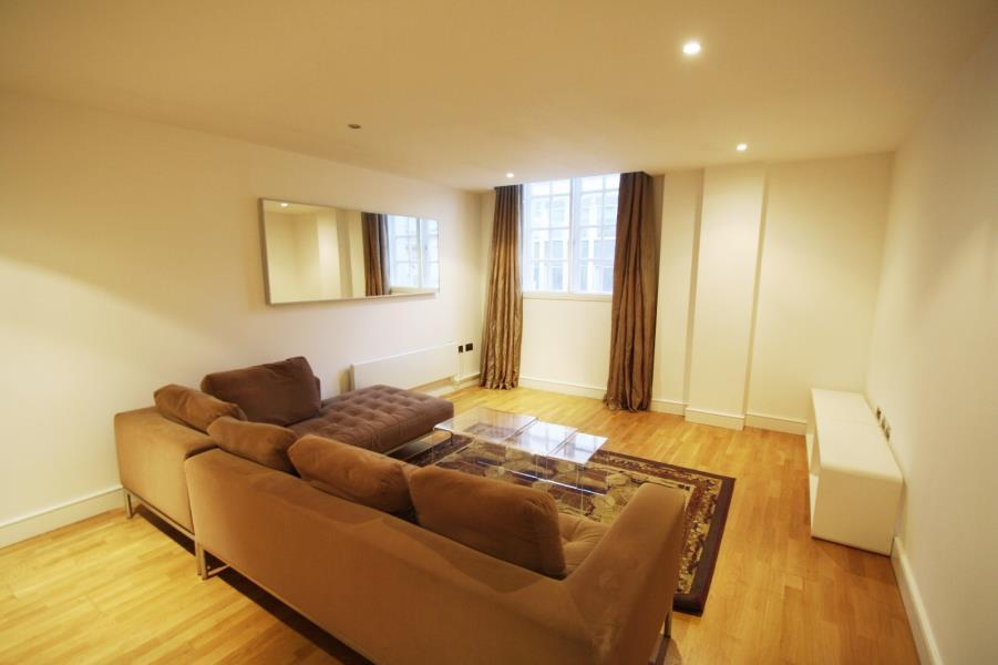 2 Bedrooms Apartment Flat for sale in BEDFORD CHAMBERS, BEDFORD STREET, LEEDS, LS1 5PZ