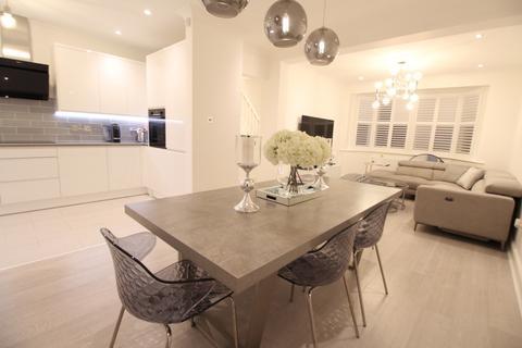 3 bedroom terraced house to rent - Risley Avenue, Tottenham, N17