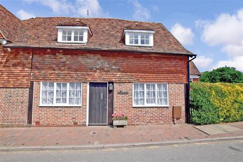 3 bedroom semi-detached house - The Street, Sissinghurst, Kent