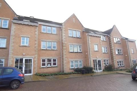 2 bedroom flat to rent - HENSHAW MEWS, HENSHAW LANE, YEADON, LEEDS, LS19 7RZ