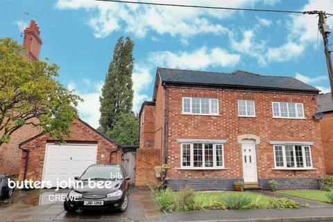 4 bedroom detached house for sale - Main Road, Shavington, Crewe