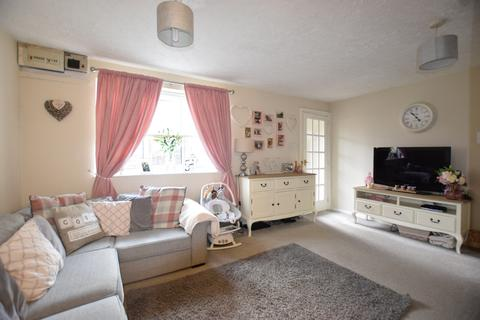 2 bedroom end of terrace house for sale - Holne Court, Exwick, EX4