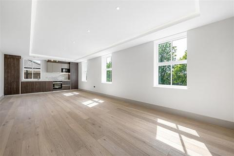 3 bedroom flat for sale - Myers Court, Elms Road, SW4