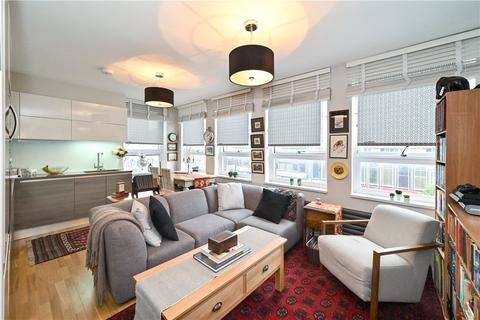 3 bedroom apartment for sale - The Water Gardens, Hyde Park