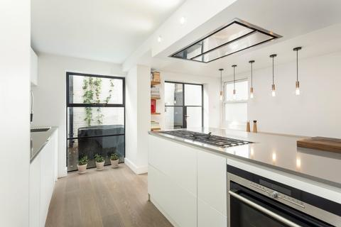3 bedroom terraced house for sale - Kenilworth Road, Bow, London, E3