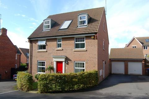 5 bedroom detached house for sale - Meadowsweet Road, St Crispins, Northampton NN5 4AS