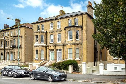 2 bedroom flat for sale - Wilbury Road, Hove, East Sussex, BN3