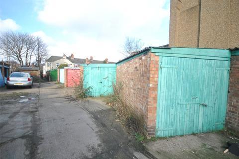 Garage to rent - David Street, Grimsby, NE Lincolnshire, DN32