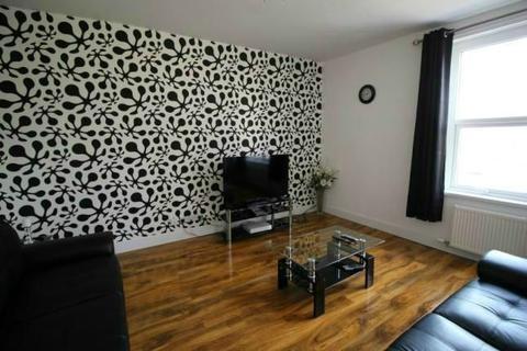 1 bedroom house share - Church Street North, Roker, Sunderland