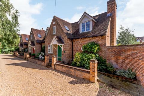 2 bedroom house for sale - The Grove, Farnham, GU9