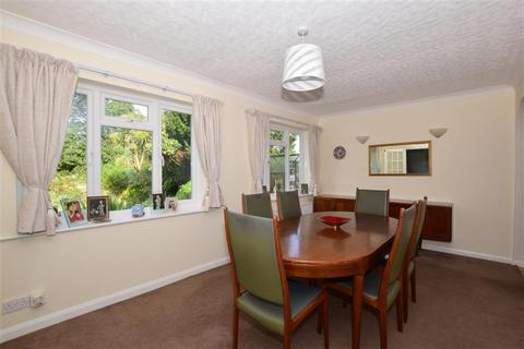 6 bedroom detached house for sale - Gilhams Avenue, Banstead, Surrey