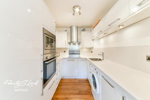 3 bedroom flat for sale - Asher Way, LONDON