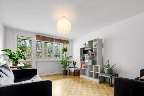 2 bedroom flat for sale - Rounton Road, Bow, London, E3