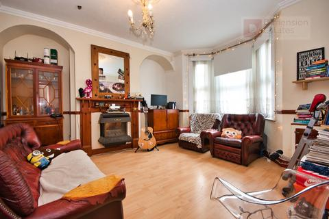 3 bedroom terraced house to rent - Eve Road, West Ham, Stratford , London, E15