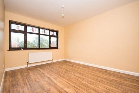3 bedroom end of terrace house to rent - Morgan Way, Rainham, Essex, RM13