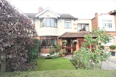 5 bedroom semi-detached house for sale - Dale View Crescent, Chingford E4
