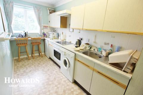 1 bedroom flat for sale - Rockall Way, Caister-on-Sea