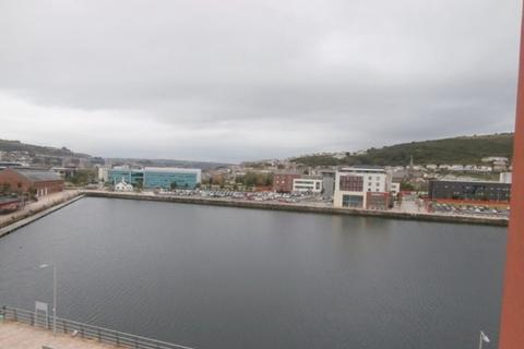 2 bedroom house to rent - 34 South Quay Marina Swansea