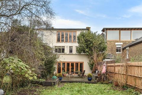 3 bedroom semi-detached house for sale - Idmiston Road, West Norwood
