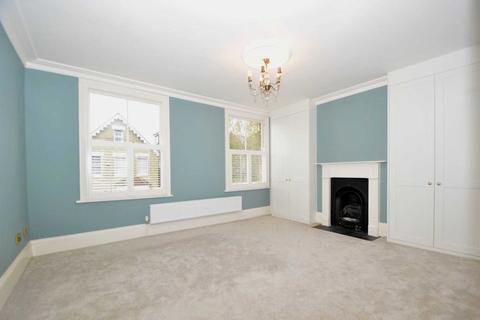 4 bedroom terraced house to rent - Glenthorne Road, Friern Barnet, London N11