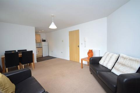 2 bedroom apartment for sale - St James Village