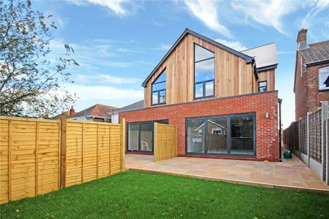 3 bedroom semi-detached house for sale - Mansfield Close, Lower Parkstone, Poole, Dorset, BH14