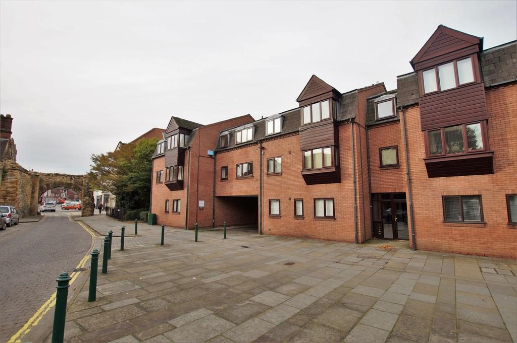 newport court, newport, lincoln 2 bed apartment for sale - 159,950
