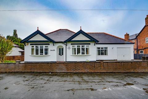 3 bedroom detached bungalow for sale - Alltami Road, Buckley