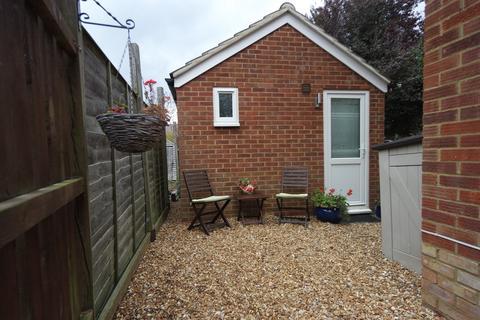 Studio to rent - Whitehicks, Letchworth Garden City