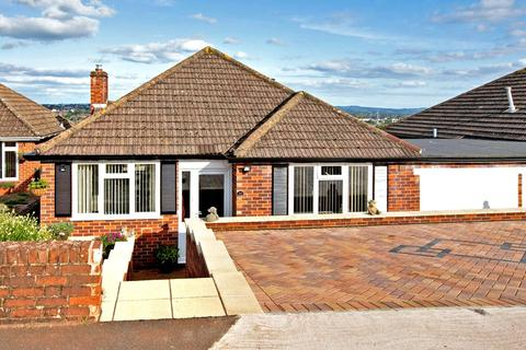 3 bedroom detached bungalow for sale - St Thomas, Exeter