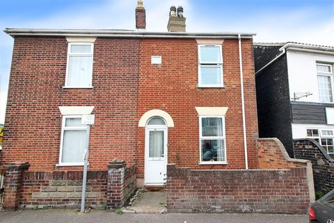 3 bedroom semi-detached house for sale - Yarmouth Road, Caister-on-sea