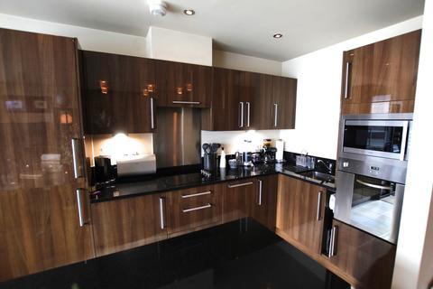 1 bedroom flat to rent - River Crescent Waterside Way