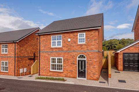 3 bedroom detached house for sale - Central Tarporley - Cheshire Lamont Property Ref 2843