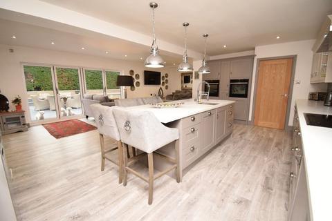 5 bedroom detached bungalow for sale - Felindre Road, Bridgend