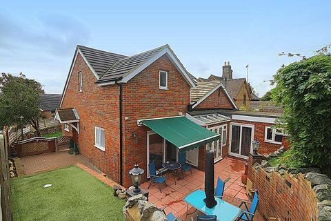 4 bedroom chalet for sale - Knights Close, Great Brickhill, Milton Keynes, MK17 9AW
