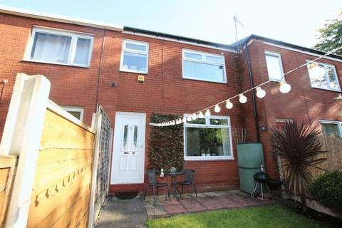 3 bedroom terraced house for sale - Great Arbor Way, Middleton M24 4AU