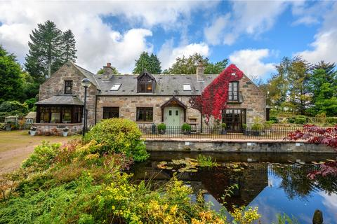 5 bedroom detached house for sale - Lurg Lodge, Midmar, Inverurie, Aberdeenshire, AB51