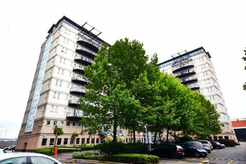 2 bedroom flat to rent - Central House, Stratford, London
