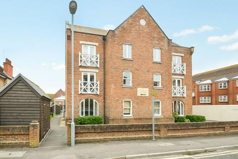 2 bedroom apartment for sale - Two Bedroom, Two Bathroom Apartment, Stavordale Road, Weymouth