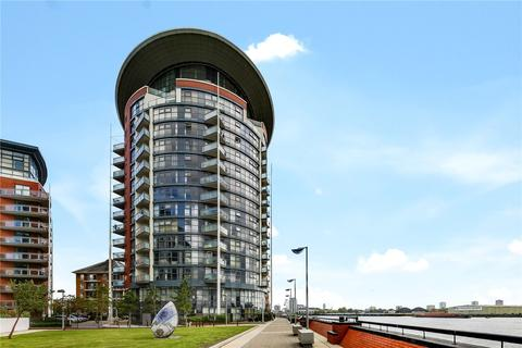 1 bedroom flat for sale - Orion Point, 7 Crews Street, London, E14